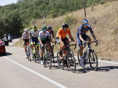 La fuga en la etapa 3 de La Vuelta 2021, con el ganador Rein Taaramae en ella.