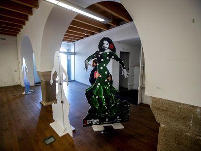 Una imagen de Lola Flores en la Nave del Aceite en Jerez de la Frontera donde se levantará su museo.