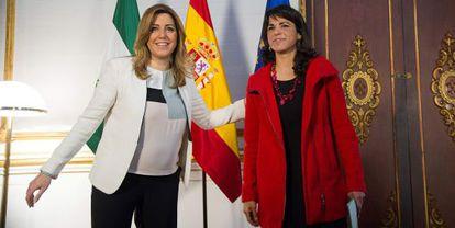 Susana Díaz y Teresa Rodríguez, en la sede de la presidencia de la Junta.