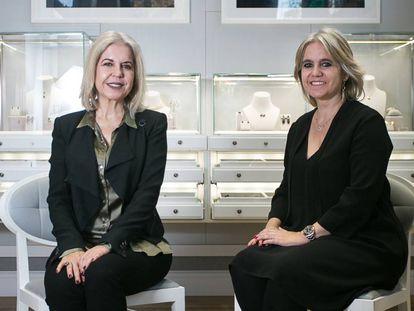 Alba (I) y Rosa Tous (D), presidenta y vicepresidenta de la compañía joyera Tous.