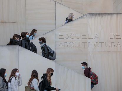 Estudiantes en la Universidad Politécnica de Valencia, el curso pasado.