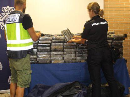 El alijo de droga interceptado por el Cuerpo Nacional de Policía en Xirivella.
