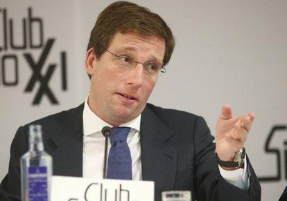 El alcalde de Madrid, José Luis Martínez-Almeida, durante su intervención en un coloquio del Club Siglo XXI.
