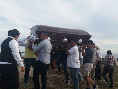 Funeral del periodista Carlos Domínguez.
