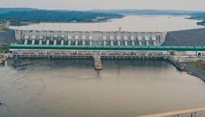 La presa llamada Belo Monster por las familias expulsadas de sus hogares a través del Xingu.