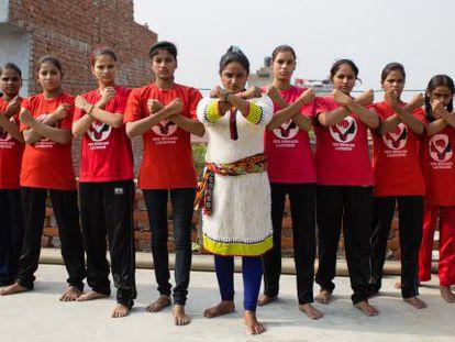 Las Brigadas Rojas de Lucknow, un grupo de adolescentes víctimas de abusos sexuales.