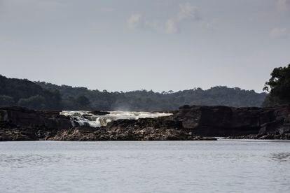 Cascada Jirijirimo, sobre el río Yaigojé, en el departamento de Amazonas. Este es un lugar sagrado para los hijos de Yuruparí.