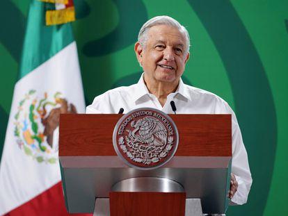 Andrés Manuel López Obrador durante una rueda de prensa en el municipio de Puerto Vallarta.