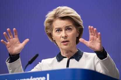 Ursula Von der Leyen, presidenta de la Comisión, el viernes en rueda de prensa en Bruselas.