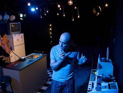 Jordi Subirà interpreta L'home sense veu.
