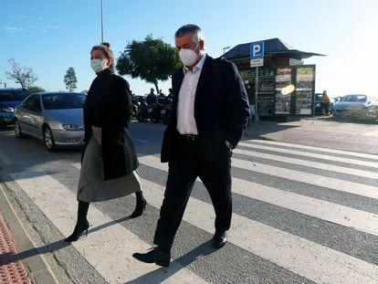 Juan Antonio Roca, esta mañana, a su llegada a la Audiencia Provincial de Málaga.