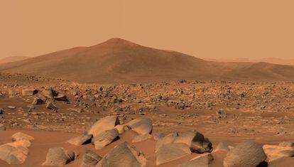 Imagen realizada el pasado 10 de mayo por el rover 'Perseverance' de la NASA en Marte.