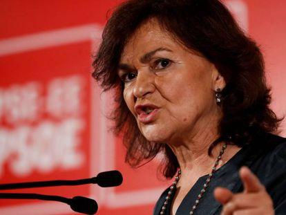 La vicepresidenta del Gobierno, Carmen Calvo, este domingo en un acto político en San Sebastián.