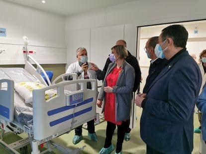 La consejera de Salud, Alba Vergés, en el anexo del Hospital Arnau de Vilanova de Lleida.