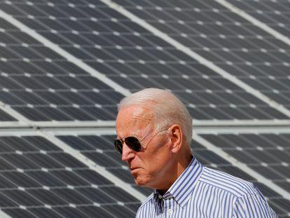 Biden, durante una reciente visita a una instalación solar en Plymouth (New Hampshire).