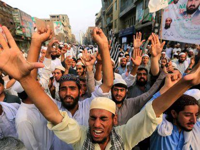 Manifestaciones contra el posible fraude en las elecciones pakistaníes.