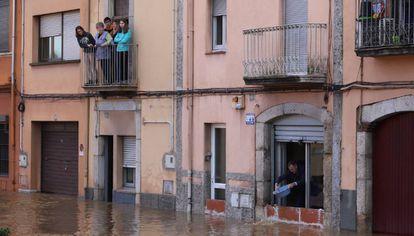 Inundación en el barrio de Pont Major, en Girona.