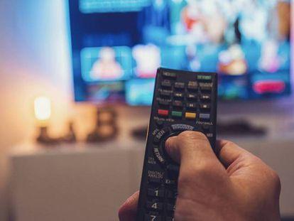 Competencia confirma las multas a AIE y AGEDI por abuso en las tarifas impuestas a las televisiones