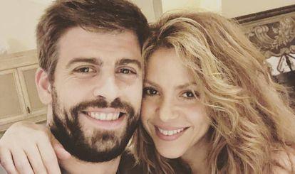 Shakira y Gerard Piqué, en una foto publicada por el futbolista.