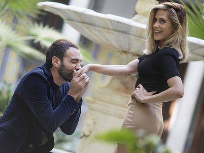 Jon Plazaola y María León en la presentación del rodaje de 'Allí abajo'.