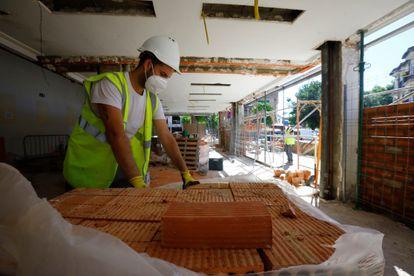 Un trabajador de la construcción en Córdoba.