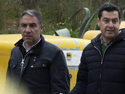 Elías Bendodo, junto a Juan Manuel Moreno, este lunes.