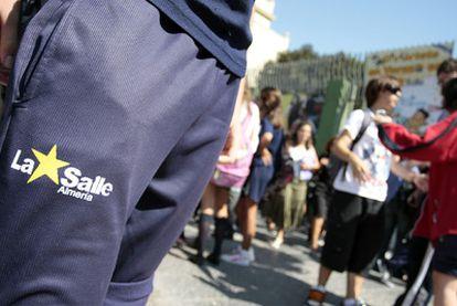 Salida de escolares del colegio La Salle de Almería, uno de los sancionados.