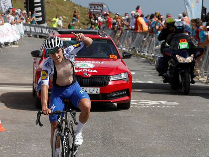 Remco Evenepoel se impone vencedor de la tercera etapa de la Vuelta a Burgos.