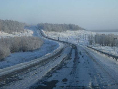 Un tramo de la Carretera de los Huesos, en la provincia rusa de Kolimá.