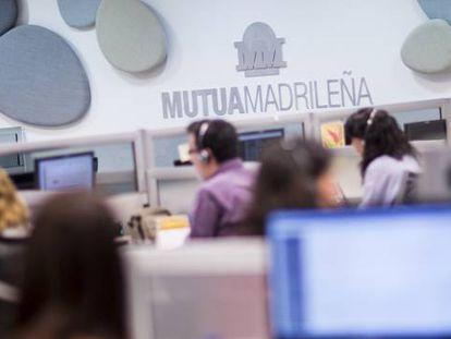 Centro de atención telefónica al cliente de Mutua Madrileña.