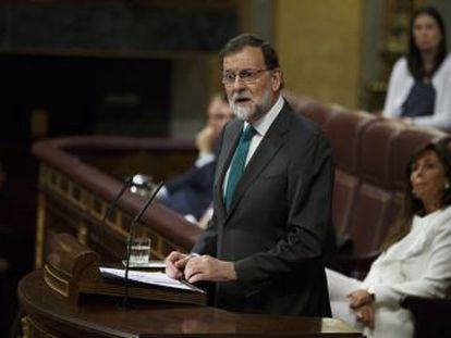 Rajoy no es el primer dirigente español que prefiere desacreditar la democracia española antes que asumir su derrota