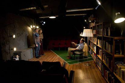 Un momento de la puesta en escena de 'Mata el teu alumne'