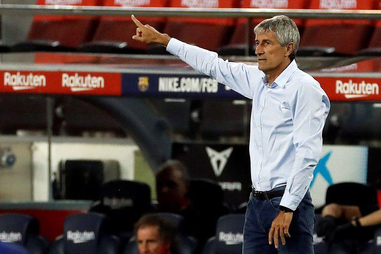 Quique Setién durante el encuentro entre el Barcelona y el Atlético de Madrid.