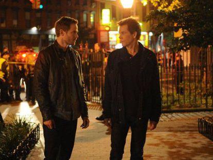 Shawn Ashmore y Kevin Bacon, en una escena de 'The following'