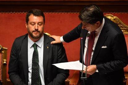 El primer ministro italiano y Matteo Salvini, en aquel momento ministro del Interior, en el Senado en agosto de 2019.