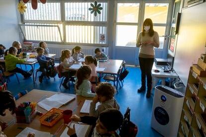 Una clase en el colegio Maestro Antonio Reyes Lara, en la localidad sevillana de Gines.