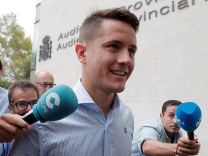 Ander Herrera llega al juzgado de Valencia.