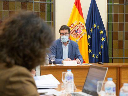 El secretario de Estado de Empleo y Economía Social, Joaquín Pérez Rey, durante la reunión de la Mesa de Diálogo Social este lunes.