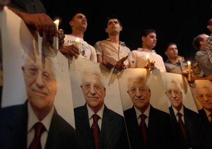 Palestinos siguen en Ramala el discurso de Abbas ante la Asamblea General de la ONU.