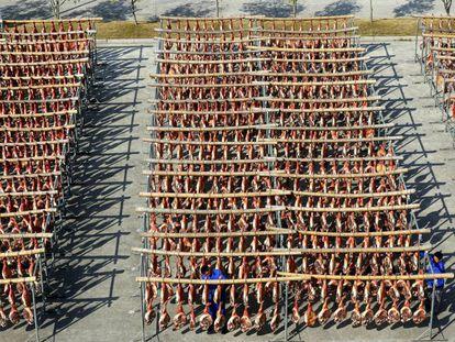 Secado de jamones en una empresa de Zhejiang, provincia del este de China. Bao Kangxuan/VCG via Getty Images)