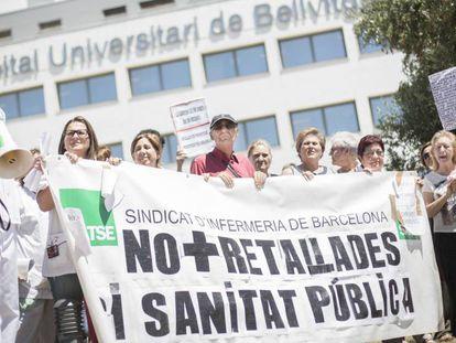 Manifestación en el hospital de Bellvitge de Barcelona en 2014