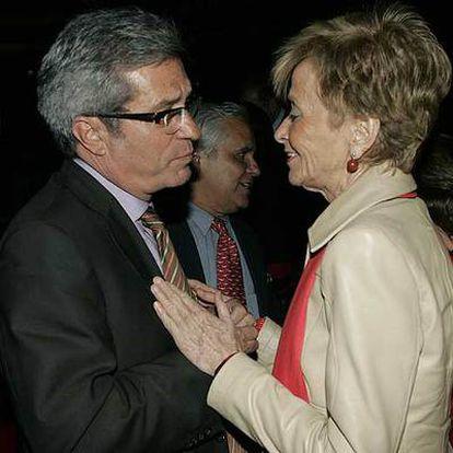 Joan Saura y María Teresa Fernández de la Vega, hace un año.