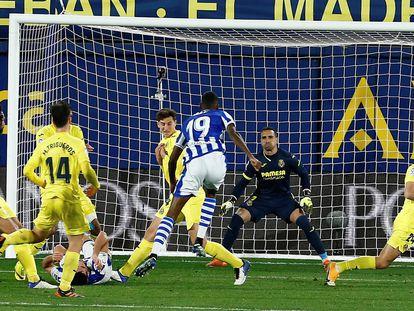 Isak marca el gol del empate ante el Villarreal en el tiempo de descuento