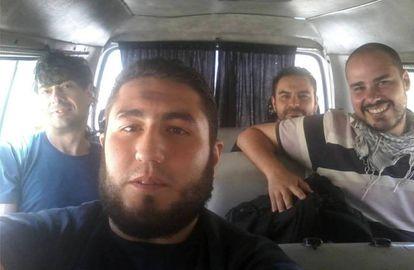 José Manuel López, Ángel Sastre y Antonio Pampliega, en una imagen de Facebook.