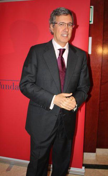 El periodista Ernesto Sáenz de Buruaga.