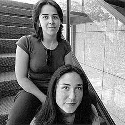Clara López y María Barroso, estudiantes de la Escuela de Cine de Madrid.