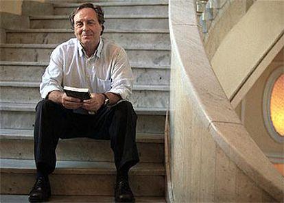 El escritor y periodista Vicente Verdú, ayer en el Círculo Bellas Artes de Madrid.