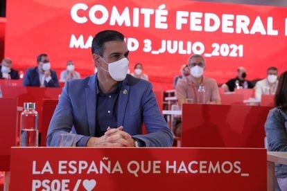 El presidente del Gobierno, Pedro Sánchez, en una reunión con los miembros del comité federal del PSOE, el 3 de julio en Madrid.