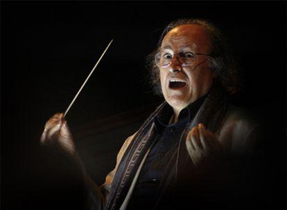 El director Eliahu Inbal, en el Teatro Real.