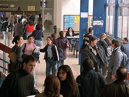 Estudiantes en la Facultad de Filosofía de la Universidad Autónoma de Madrid.